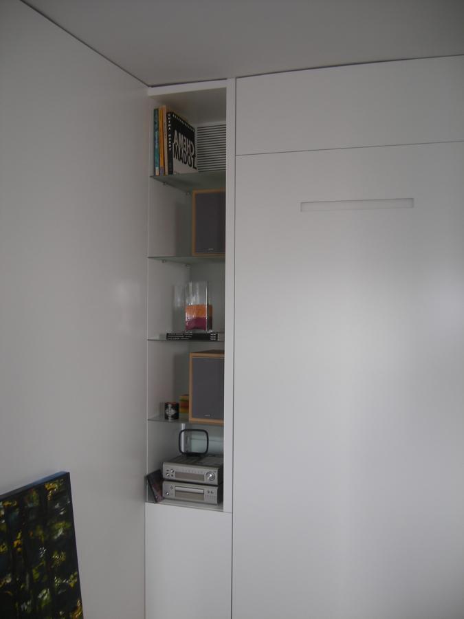 estanteria y cama oculta