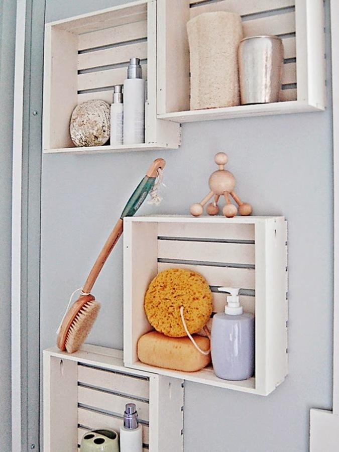 estanterías hechas con cajas