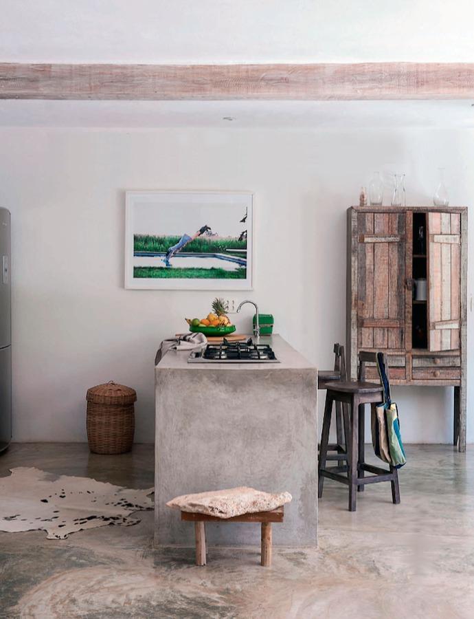 cocina con cemento estilo campestre