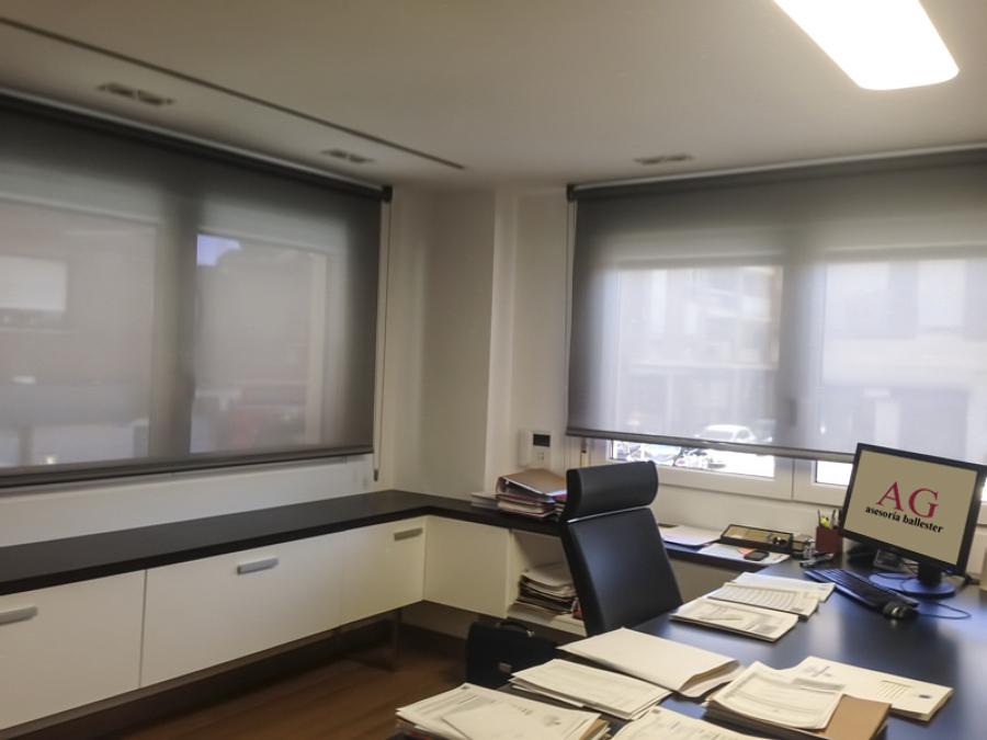 Estor en despacho principal