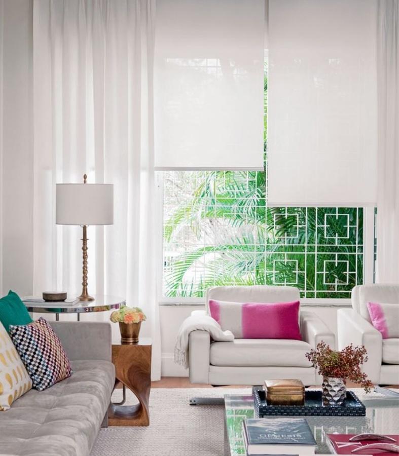 5 ejemplos para decorar con estilo usando estores ideas for Stores y cortinas