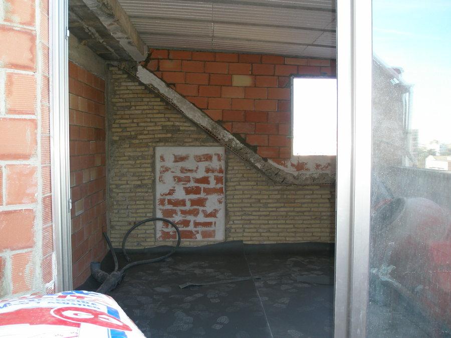 estructura de la terraza cerrada por dentro