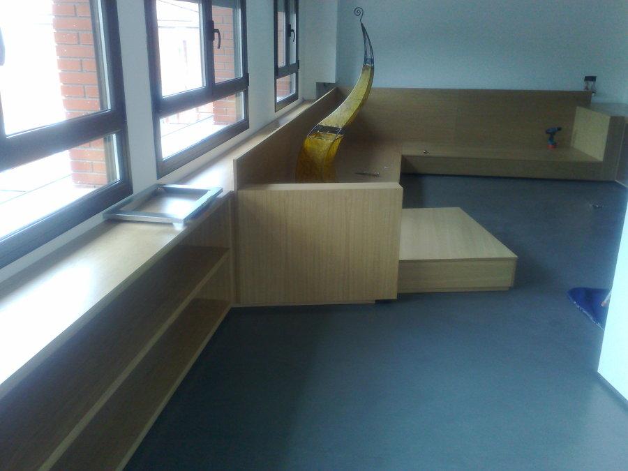 Estructura del sofá en madera