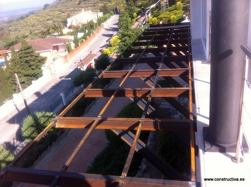 Ampliaci n de terraza con tarima de ipe ideas reformas - Estructura metalica vivienda ...