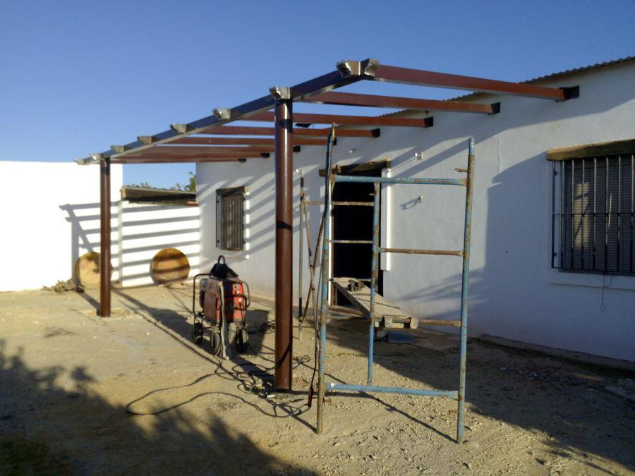 Techo terraza ideas carpinter a met lica for Como hacer una estructura metalica para techo