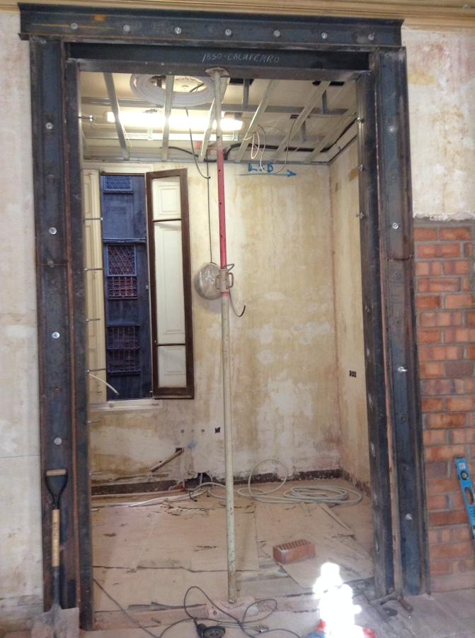 estructura nueva puerta en pared