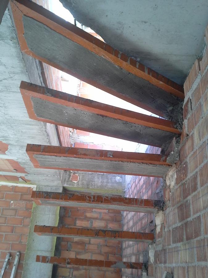 estructura para escalera volada
