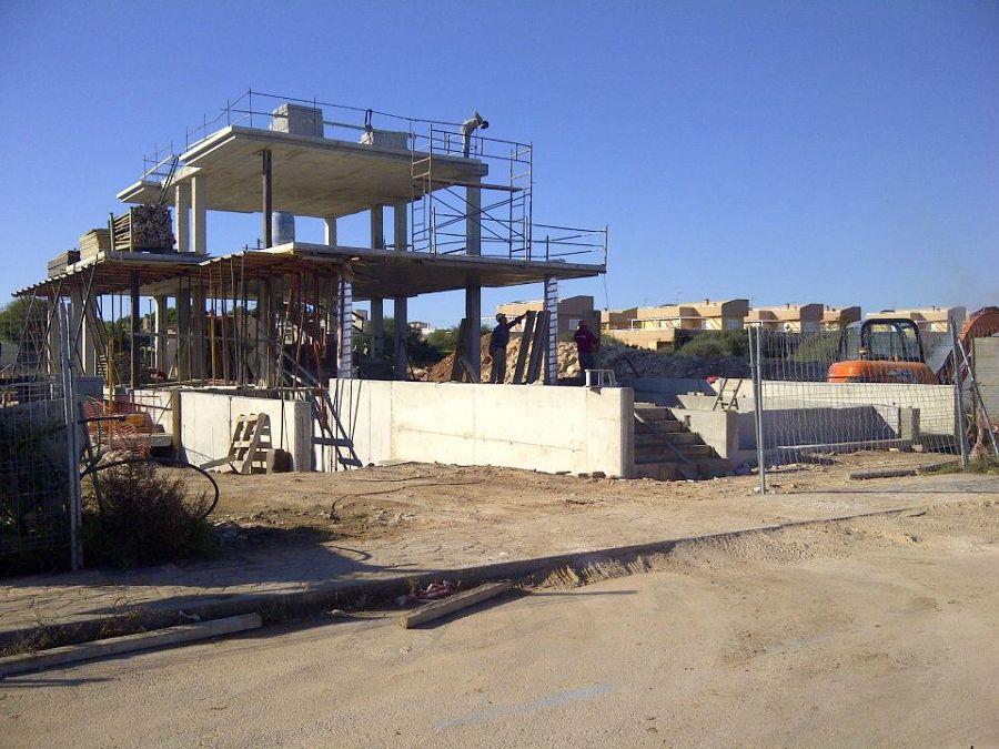 Vivienda unifamiliar aislada con piscina ideas for Coste construccion vivienda unifamiliar