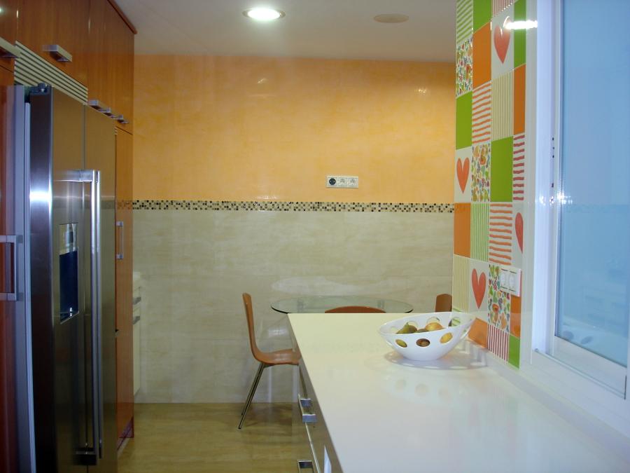 Foto estuco veneciano en cocina de pintores urbis 479772 - Pinturas estuco veneciano ...