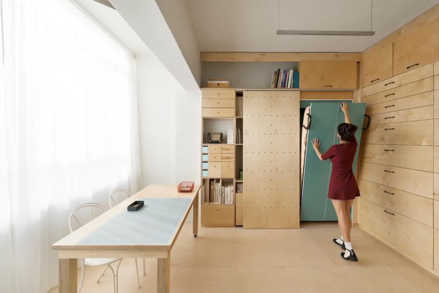 Estudio con mobiliario inteligente