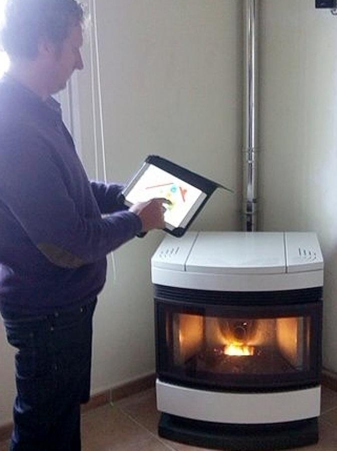 Estufas de pellet insertables y con wifi ideas placas solares - Que es una estufa de pellet ...