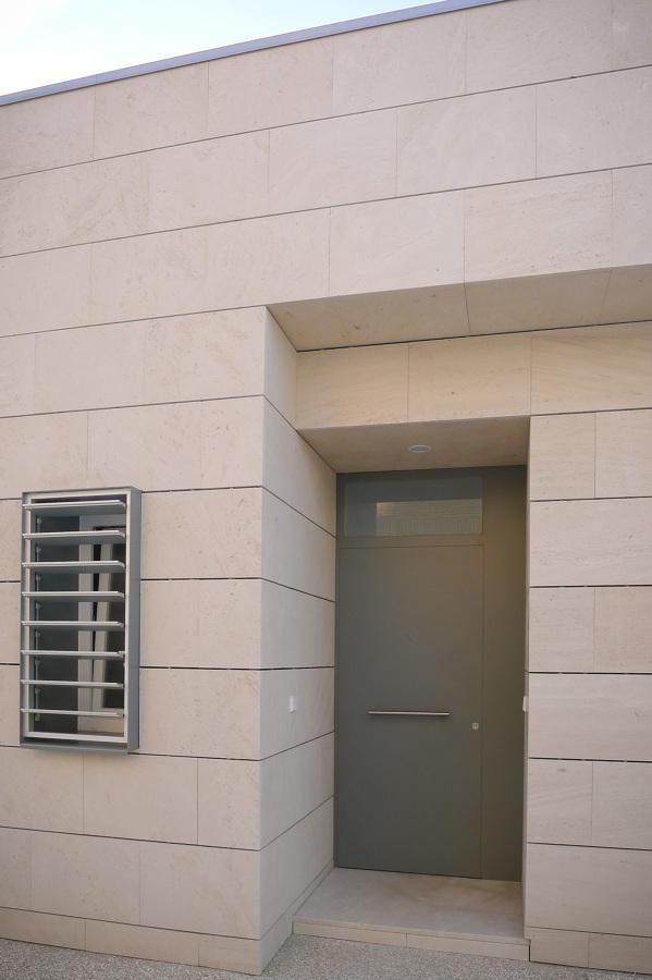 Exterior 05
