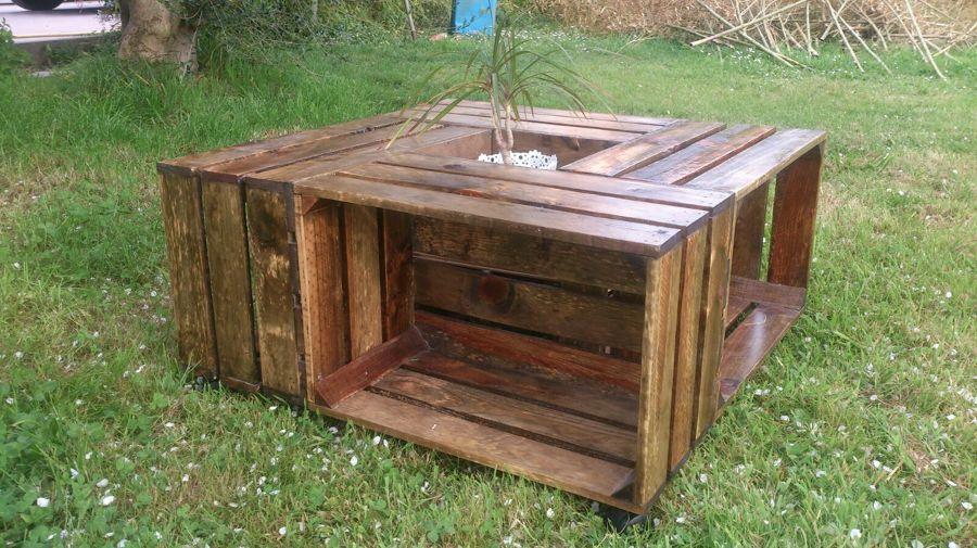 Foto fabricaci n de muebles de jardin de policor 1429947 for Fabricacion de jardines