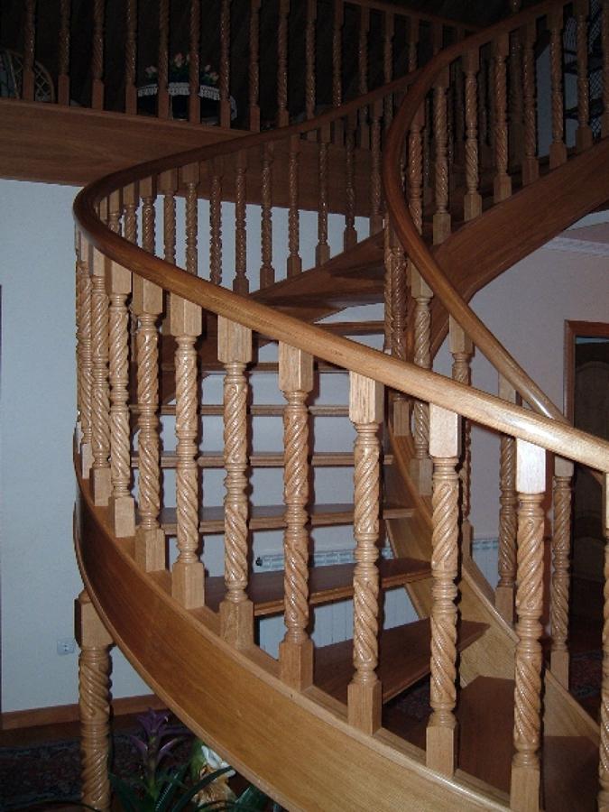 fabricacin y colocacin de escalera de caracol en madera de roble with escalera de caracol de madera