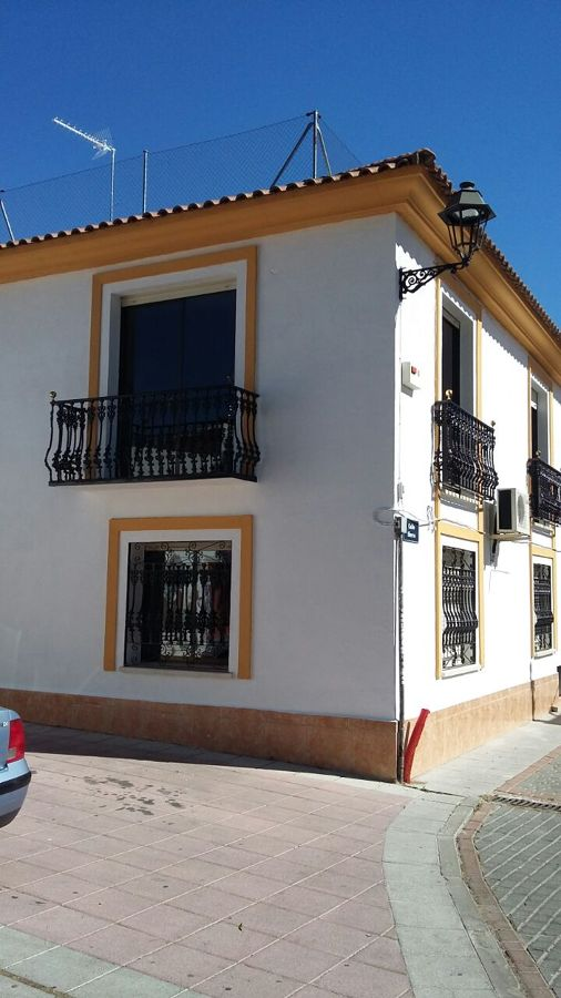 Pintura chalet y fachada ideas reformas viviendas for Presupuesto pintar fachada chalet