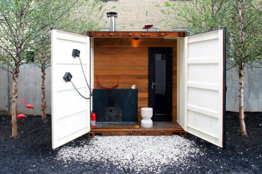 Fachada-de-una-casa-contenedor-convertida-en-sauna