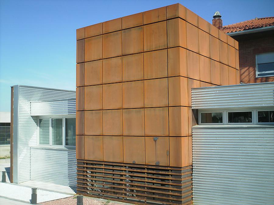 Foto fachada en acero corten de xicola s l for Fachada acero corten