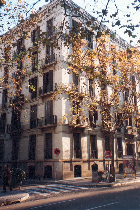 Fachada en calle Mallorca