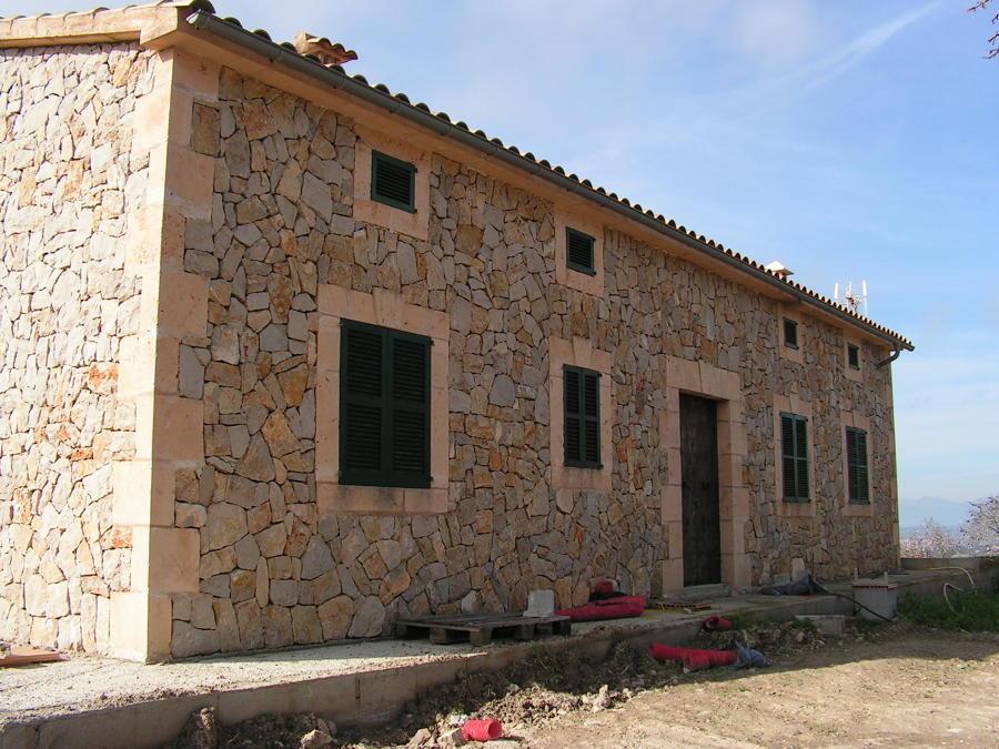 Foto fachada piedra y mar s de alomar construccions - Piedra rustica para fachadas ...