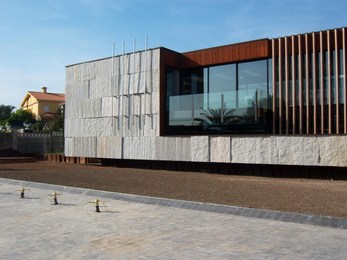 Fachada Principal (3)- Casa Consistorial de Meruelo