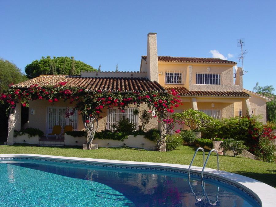 Fachada sur completa original de Vivienda en Marbella