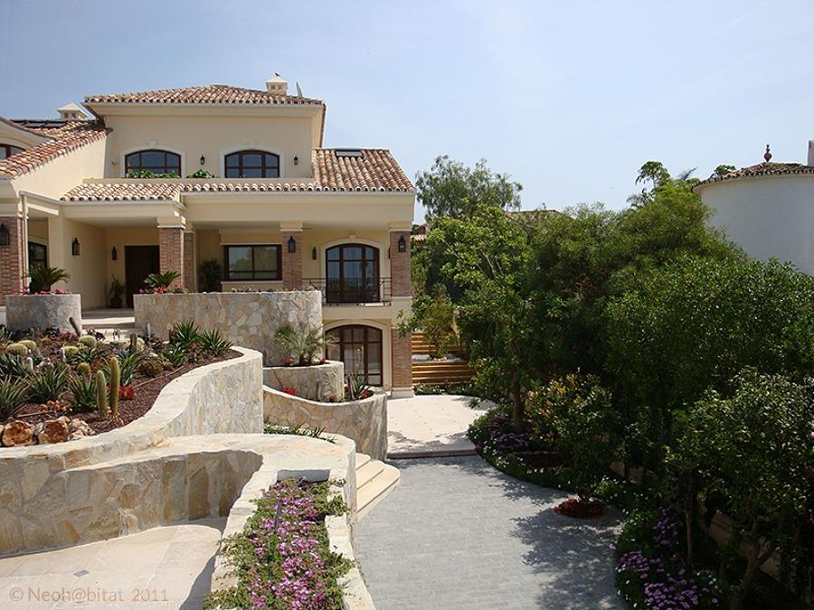 Fachada Sur de Vivienda Ampliada en Marbella