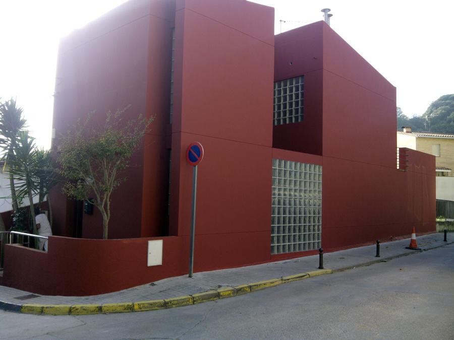 Foto fachada terminada de jose barrios pintores limpios y - Pinturas para fachadas exteriores fotos ...