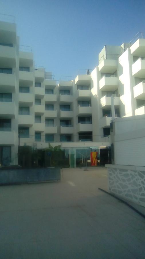Fachada trasera del hotel