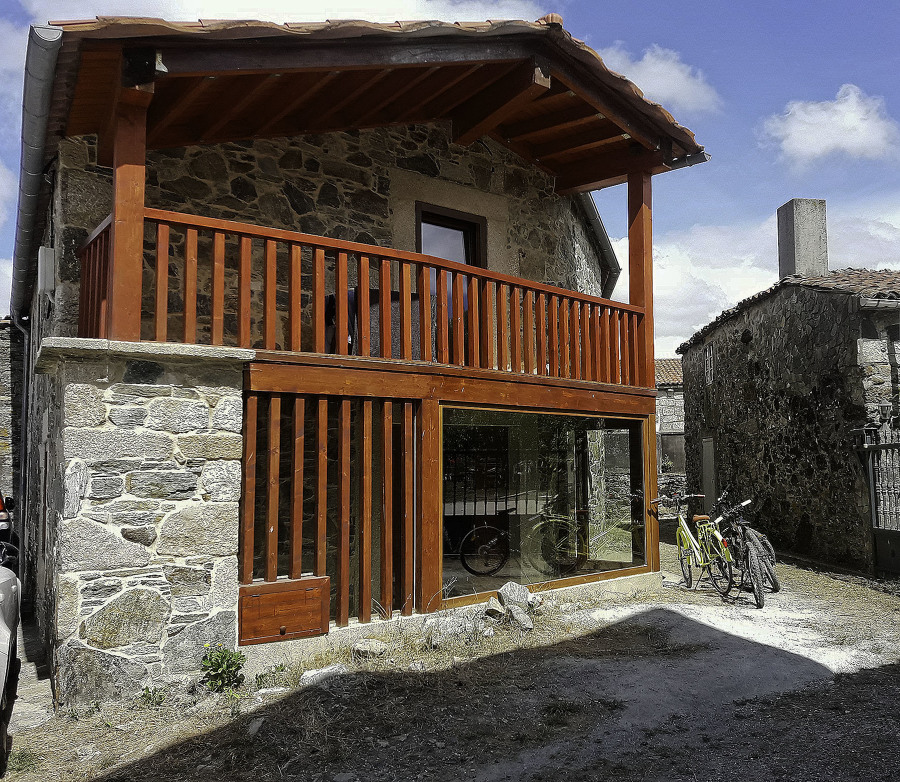 Fachada vivienda rural, Camiño de Santiago