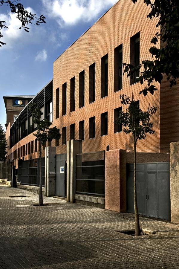 Foto fachada de taller de alejandr a 221355 habitissimo - Fachadas de talleres ...