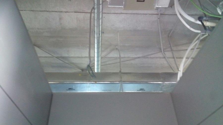 falso techo antes de instalar