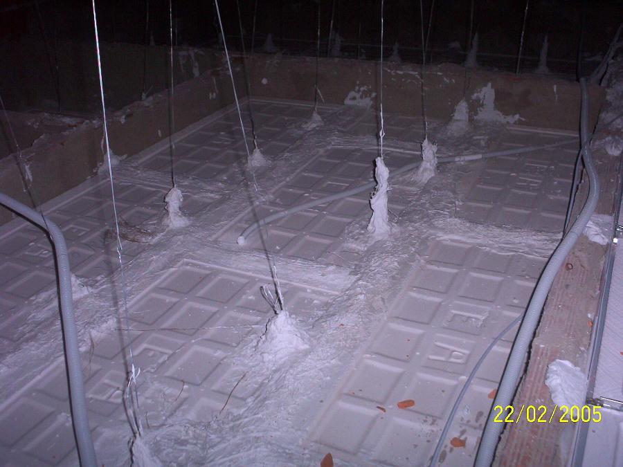 Techos de escayola modernos amazing salon comedor techo - Rosetones de escayola ...