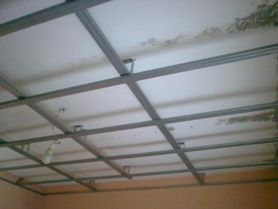 C mo colocar un falso techo ideas placas solares for Como encielar un techo