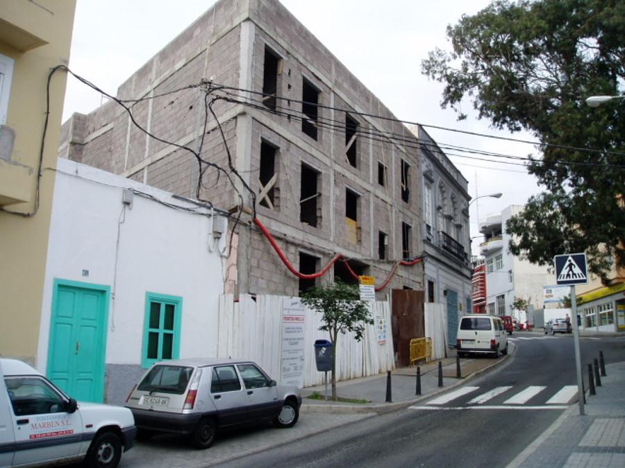 Tamaraceite Edificio de vivindas 2 (antes).JPG