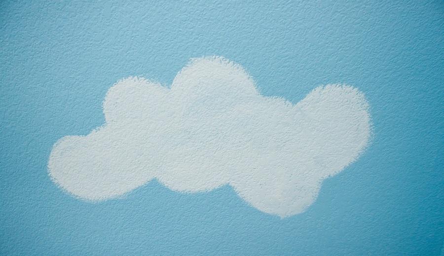 Videoconsejo c mo pintar nubes en una pared ideas - Pasos para pintar una habitacion ...