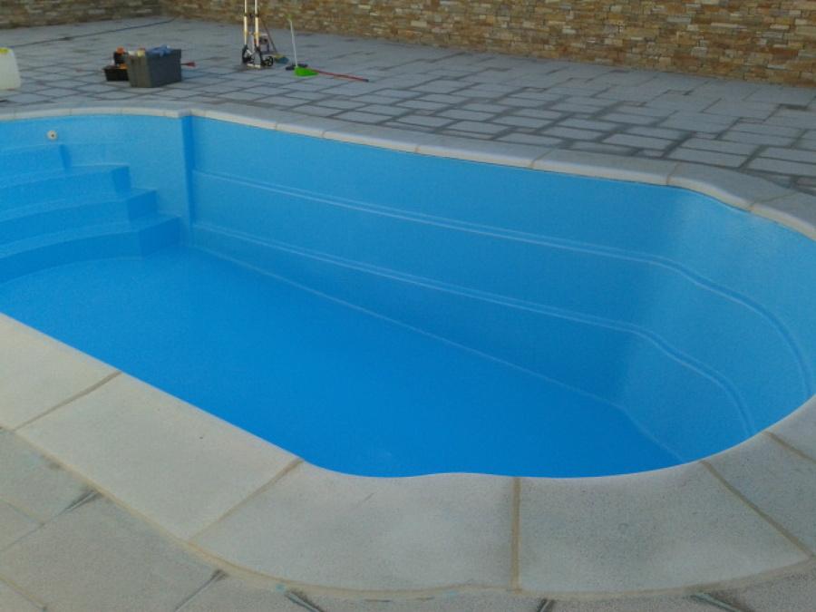 Recubrimiento pintado y rehabilitaci n de escal n ideas for Pintado de piscinas