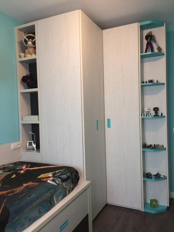 Foto armario rincón, estantería y zapatero