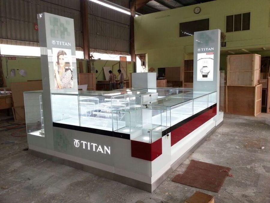 Kiosko de relojer a con vitrina y mostrador mueble for Centro comercial el mueble catalogo