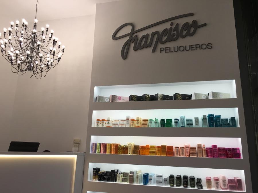 proyecto iluminacion francisco peluqueros en centro ForFrancisco Peluqueros Porto Pi