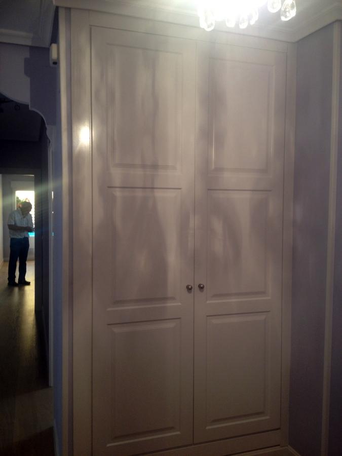 Frente de armario abatible lacado 3C LAC.