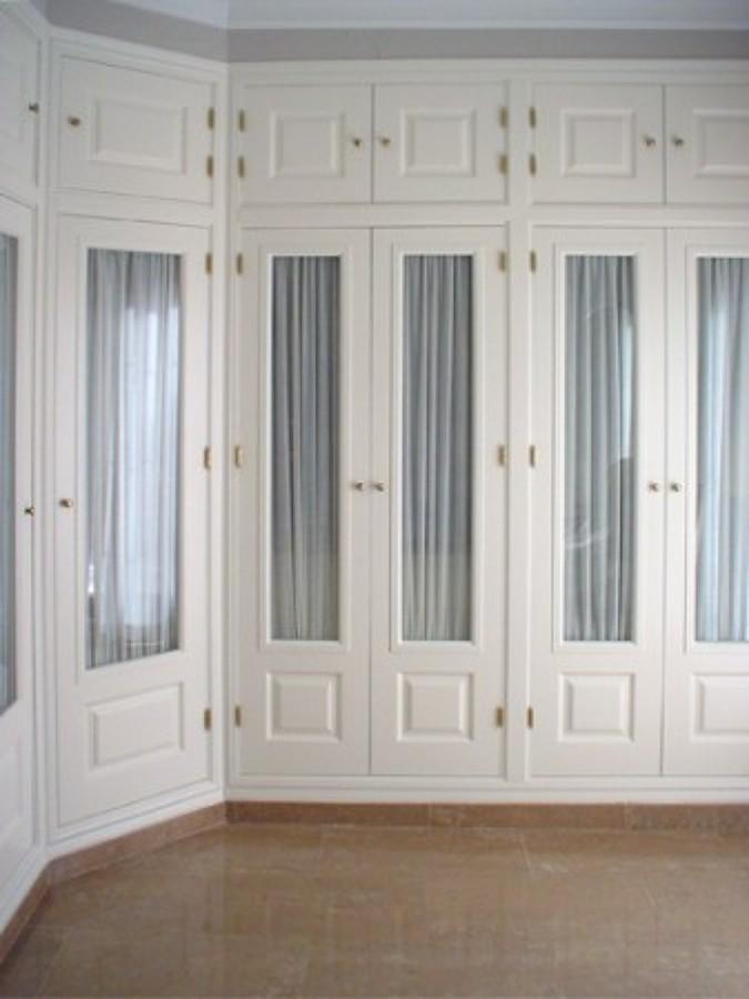 Frente de armario lacado en blanco