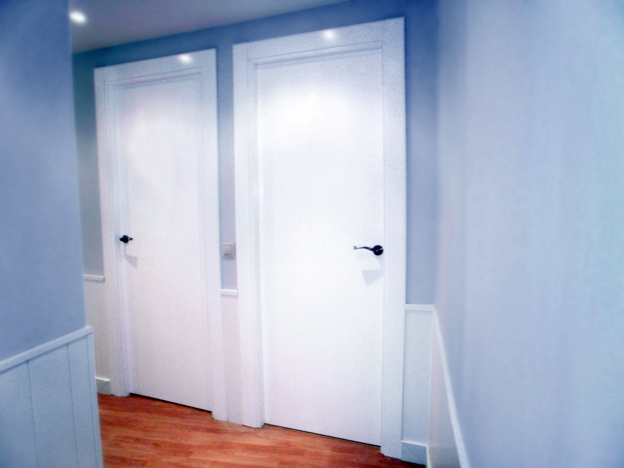 Carpinter a lacada en blanco ideas carpinteros - Decoracion puertas blancas ...
