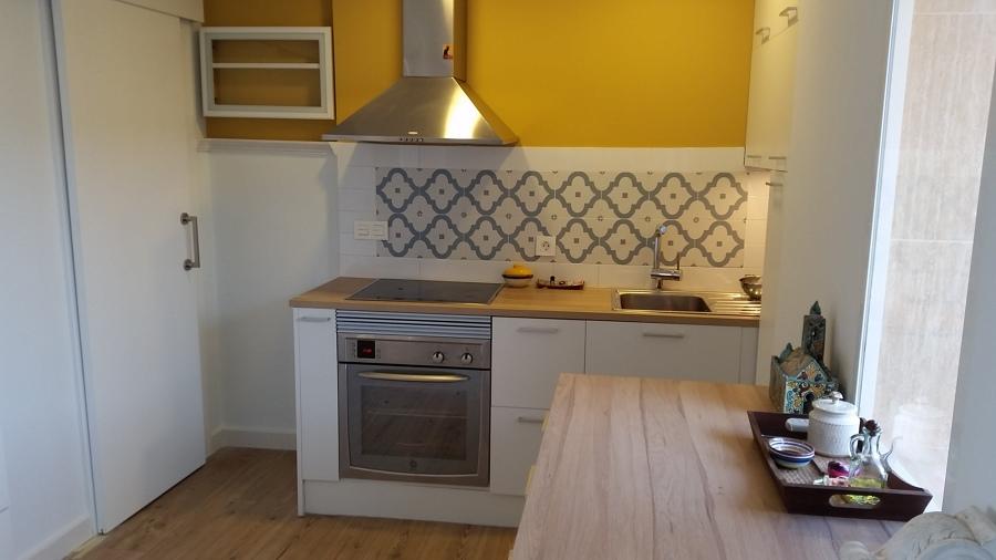 Frontal de cocina con un gres muy bonito