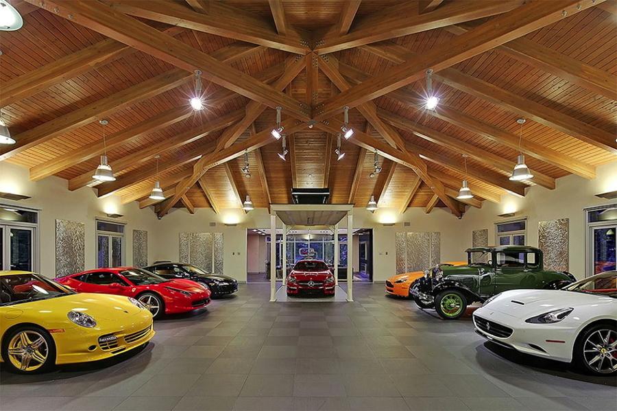 Ideas para guardar tu coche casas con garaje en el sal n ideas construcci n casas - Garaje de coches ...