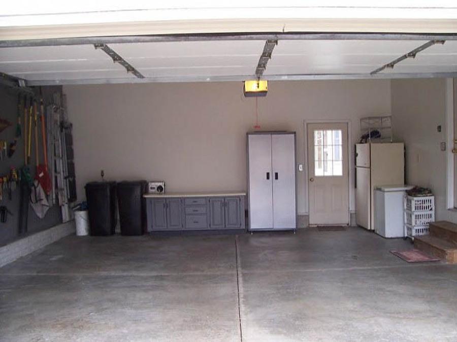 C mo pintar la pared del garaje ideas puertas garaje - Baldosas para garajes ...