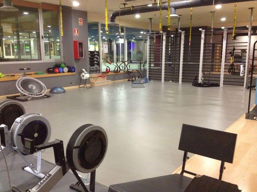 Foto gimnasio on fitness center de rodasa 1386104 for Gimnasio illes