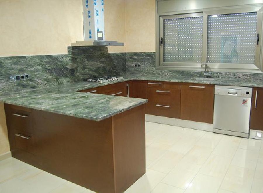 Cocinas realizadas en granito ideas marmolistas for Granito importacion encimeras