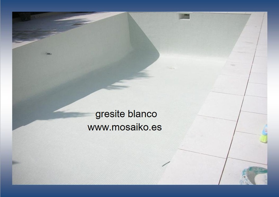 Colocaci n mosaico v treo ideas reformas piscinas - Gresite piscinas precio ...