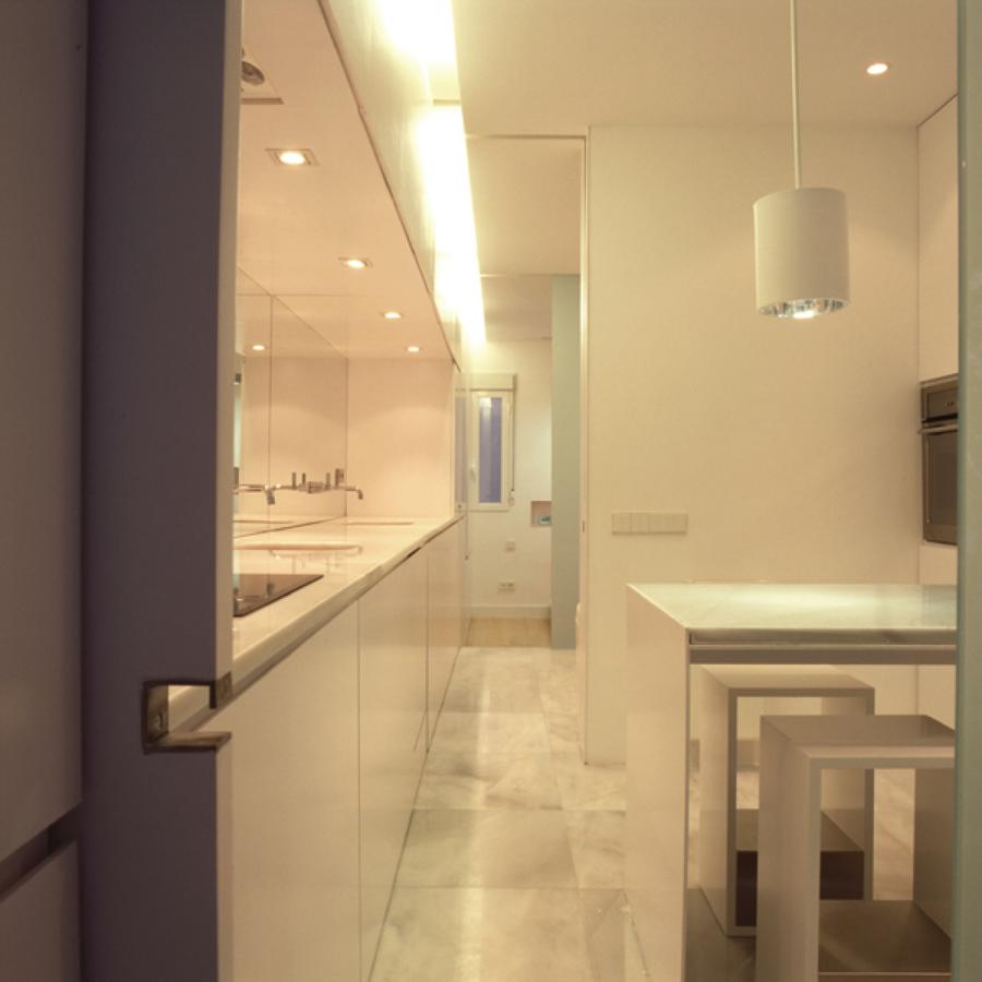 Piso en madrid centro ideas reformas viviendas for Compartir piso madrid centro