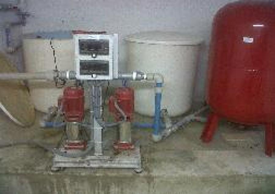 Trabajos varios ideas mantenimiento comunidades for Grupo de presion de agua para edificios